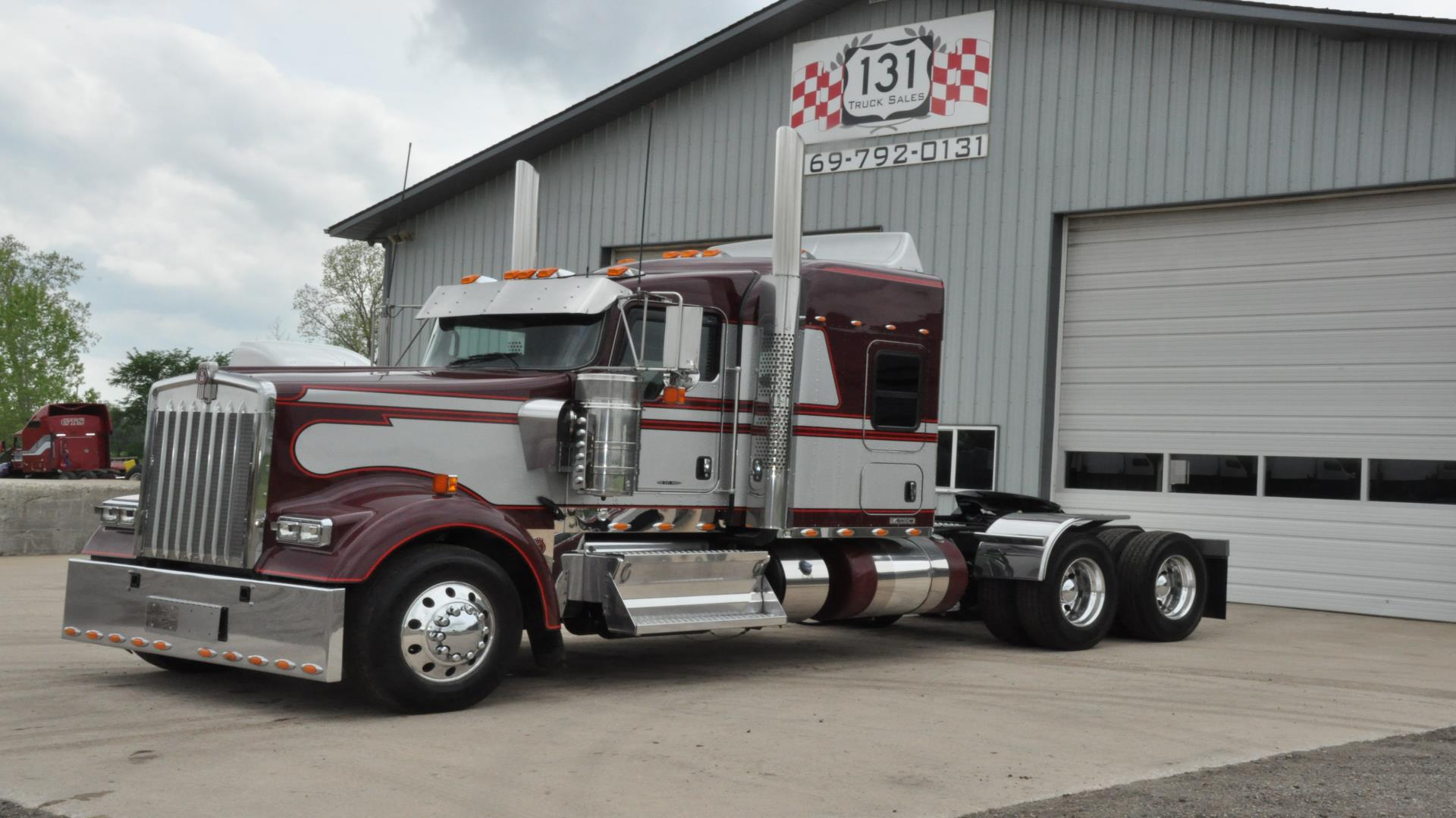 Used 2013 Kenworth W900L for Sale