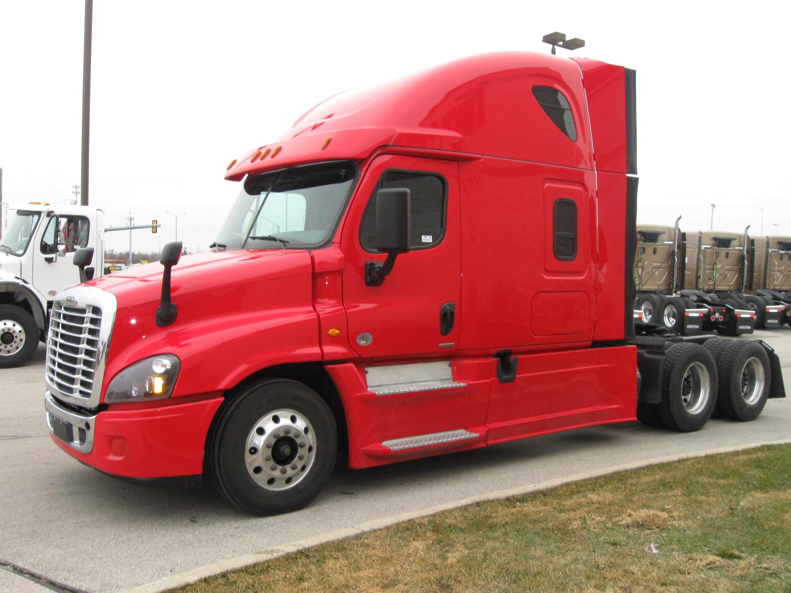 2016 Freightliner CA125