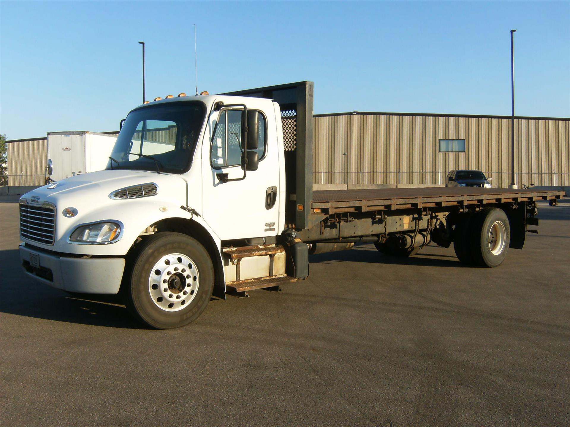 2012 Freightliner M260