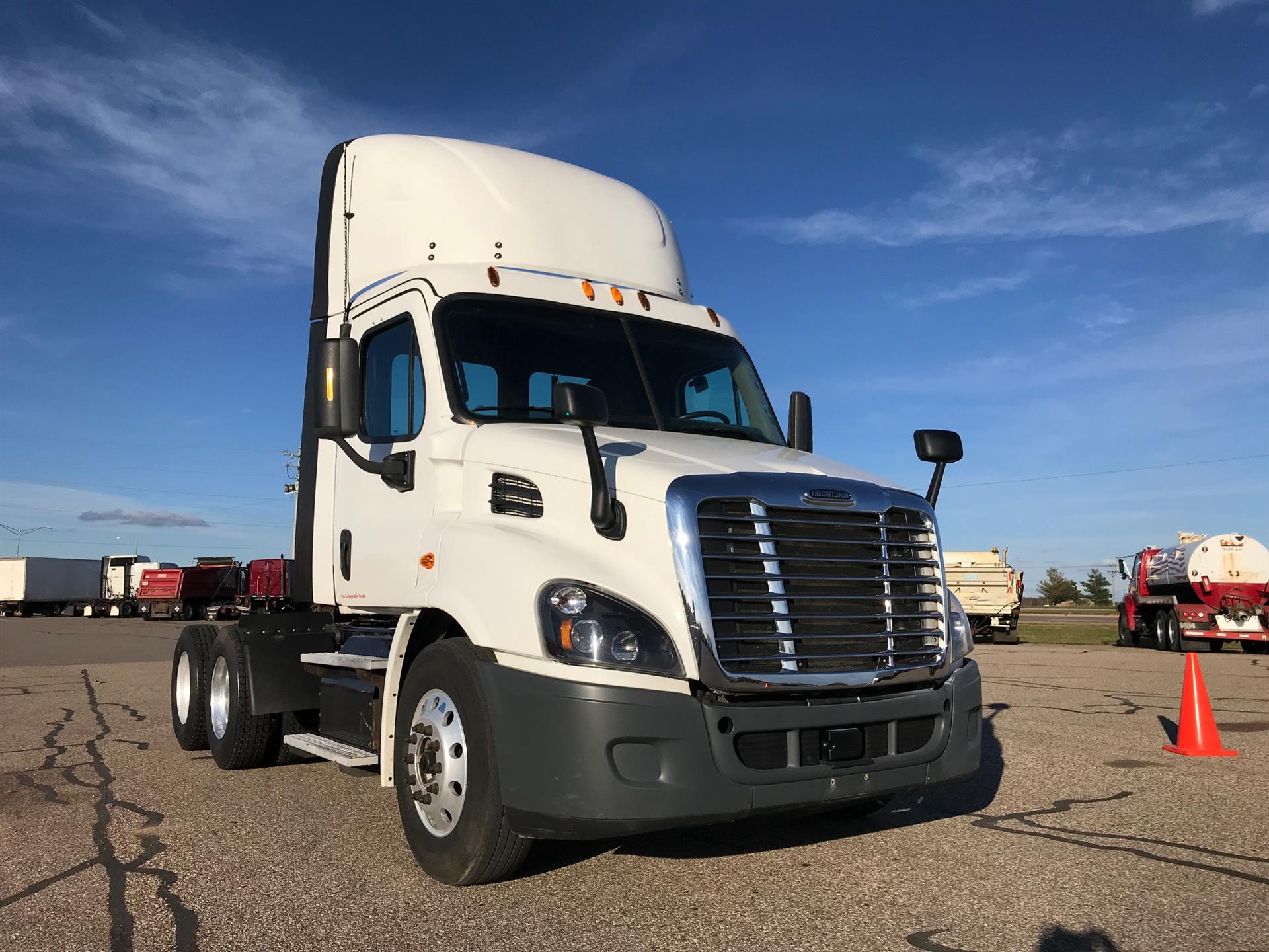2015 Freightliner Cascadia for sale-59085235