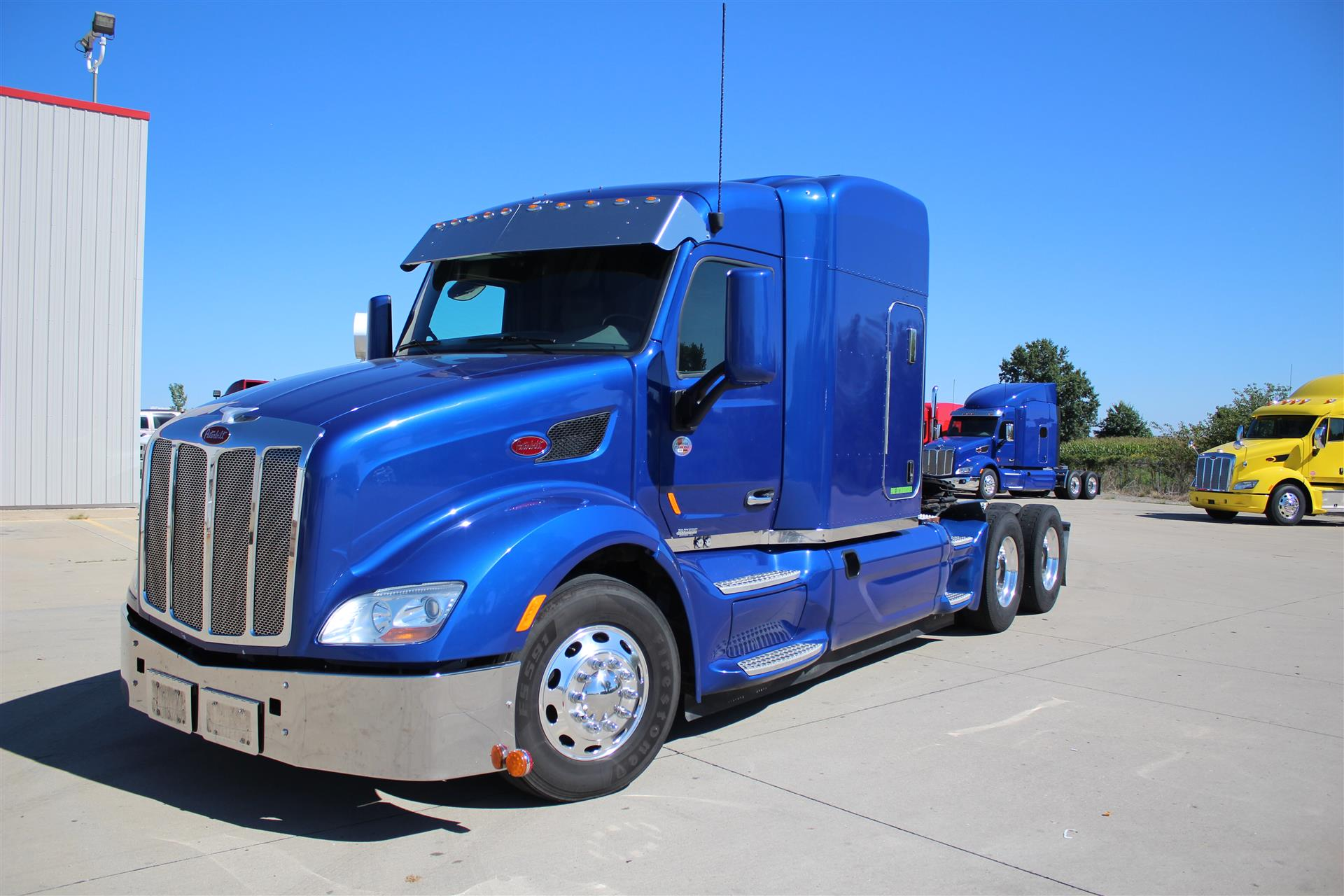 2014 Peterbilt 579 TA Sleeper Truck Tractor For Sale