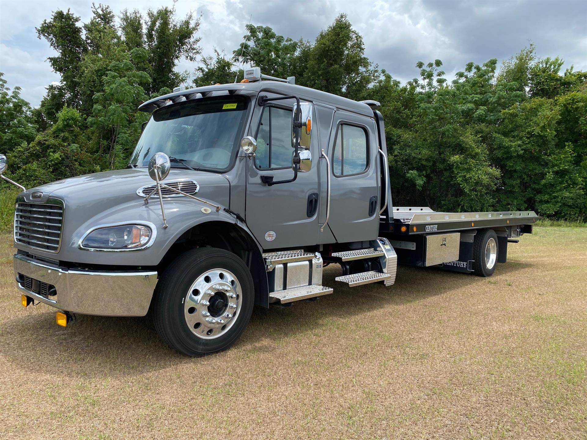 2019 Freightliner M2 106