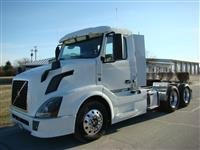 Used 2013 Volvo VNL64T300 for Sale
