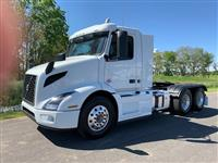 Used 2019 Volvo VNR64T300 for Sale