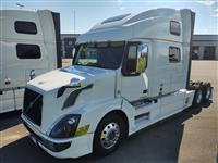 Used 2017 Volvo VNL64T780 for Sale