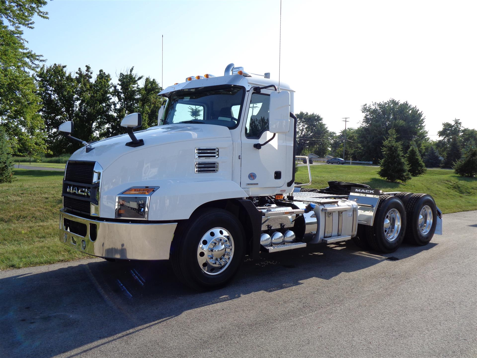 2020 Mack Anthem Day Cab