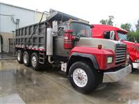 Used 1999MackRD688S for Sale