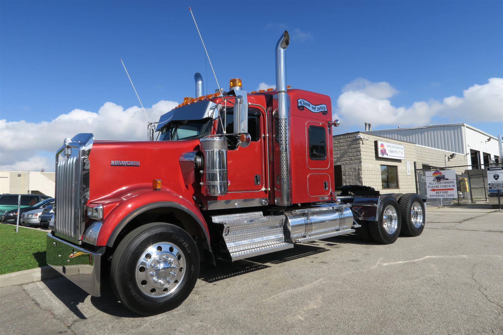 2015 Kenworth W900B