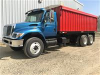 Used 2003 International 7400 for Sale