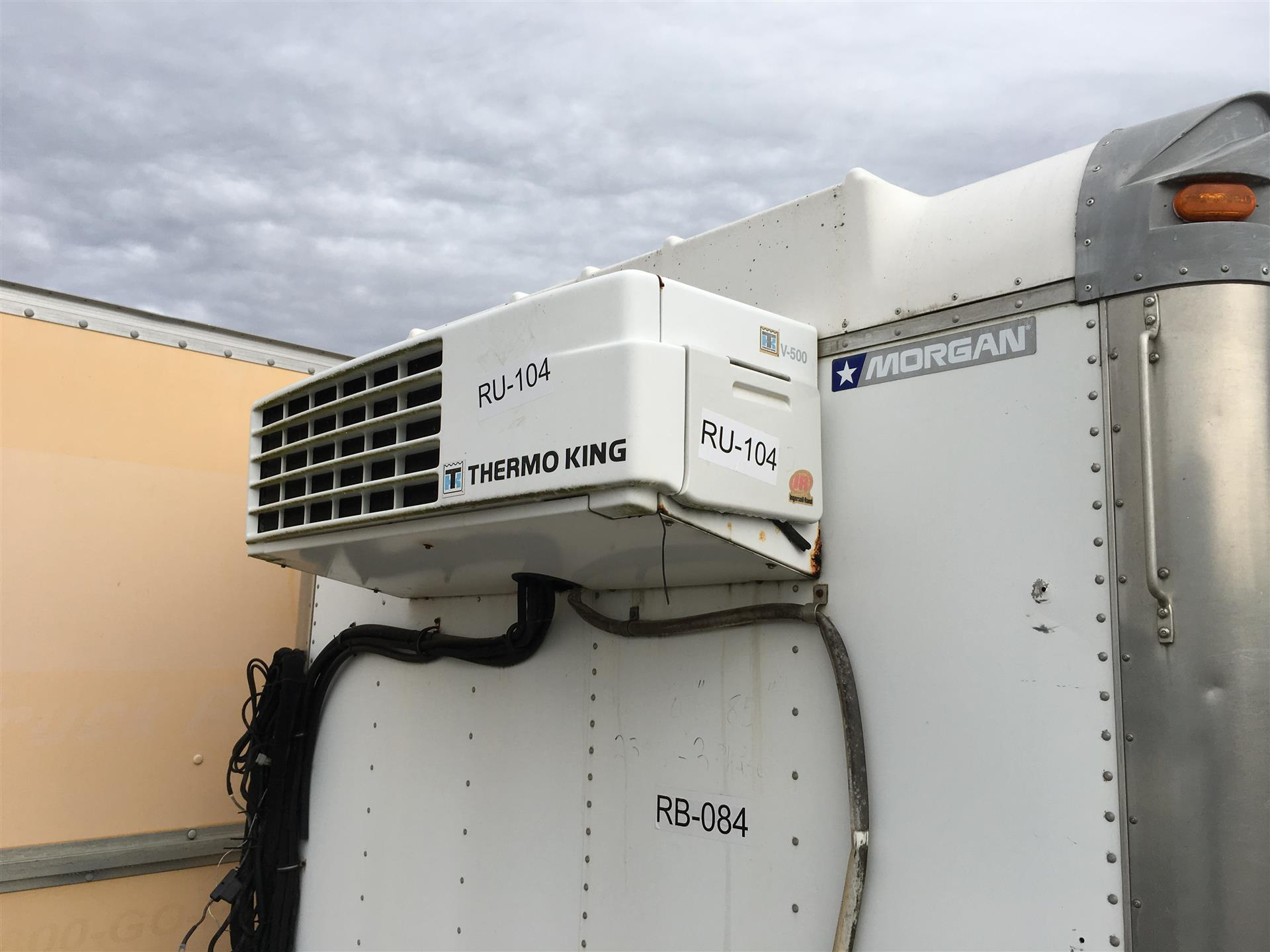 2000 THERMO KING V-500