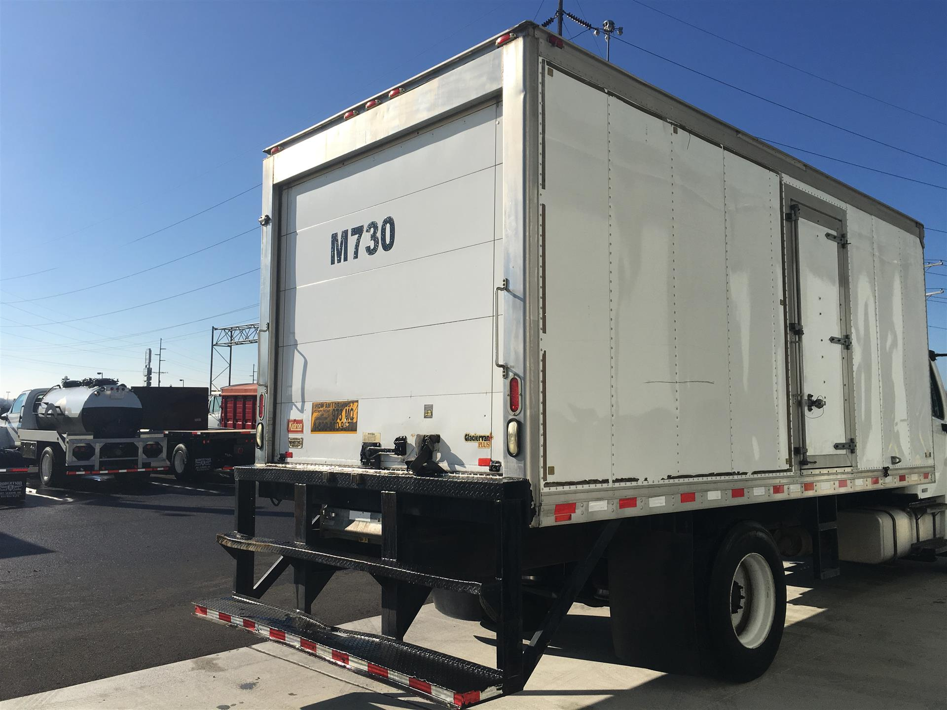 2007 Kidron 18' REEFER BODY