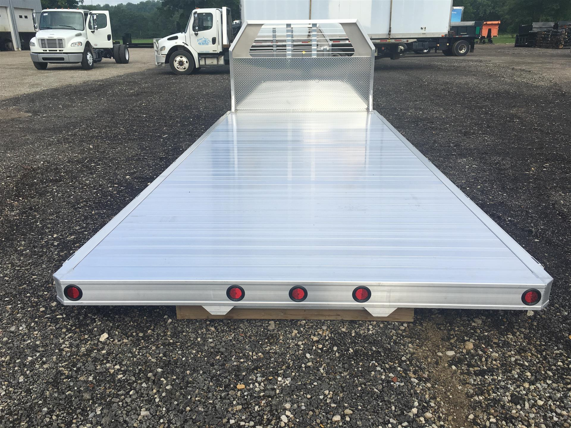 2018 Truckcraft- 18' Flatbed