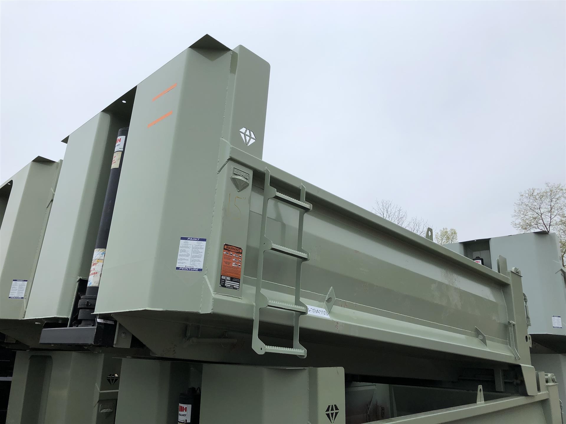 2019 BEAU ROC- 15' X 36'' X 42''