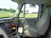 2004 Freightliner Columbia - 120