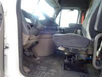 2013 Freightliner Cascadia CA113