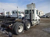 2011 Freightliner Cascadia CA113