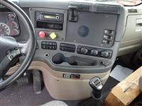 2015 Freightliner Cascadia CA125