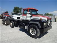 2003 Mack RD688S
