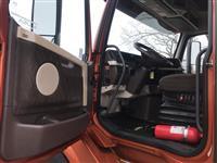 2016 Volvo VNL64T730