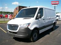 2019 Freightliner sprinter 144 low roof