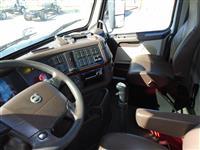 2016 Volvo VNM200