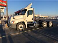 2015FreightlinerCA125DC