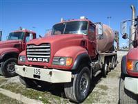 2005 Mack CU713