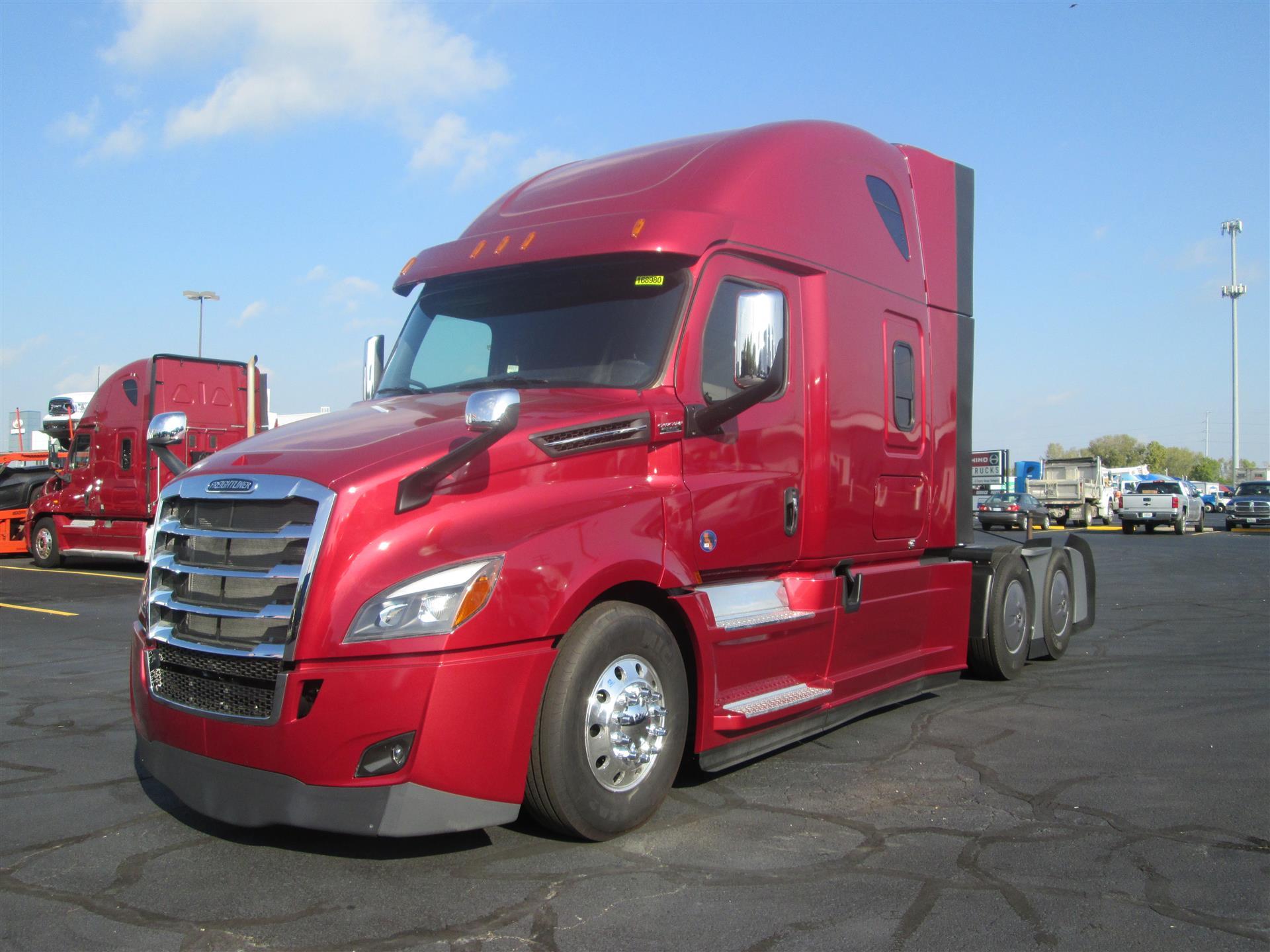 2018 Freightliner NEW CASCADIA