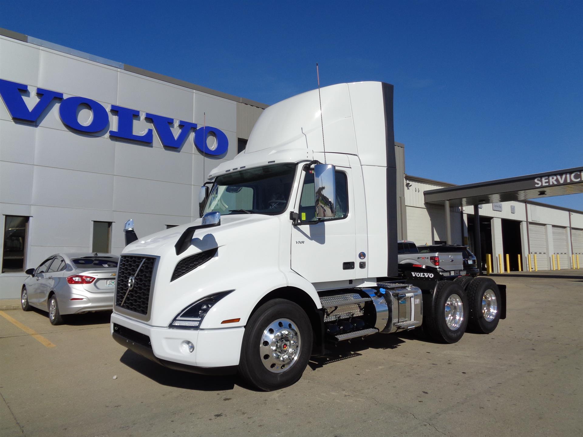 2018 Volvo VNR64T300