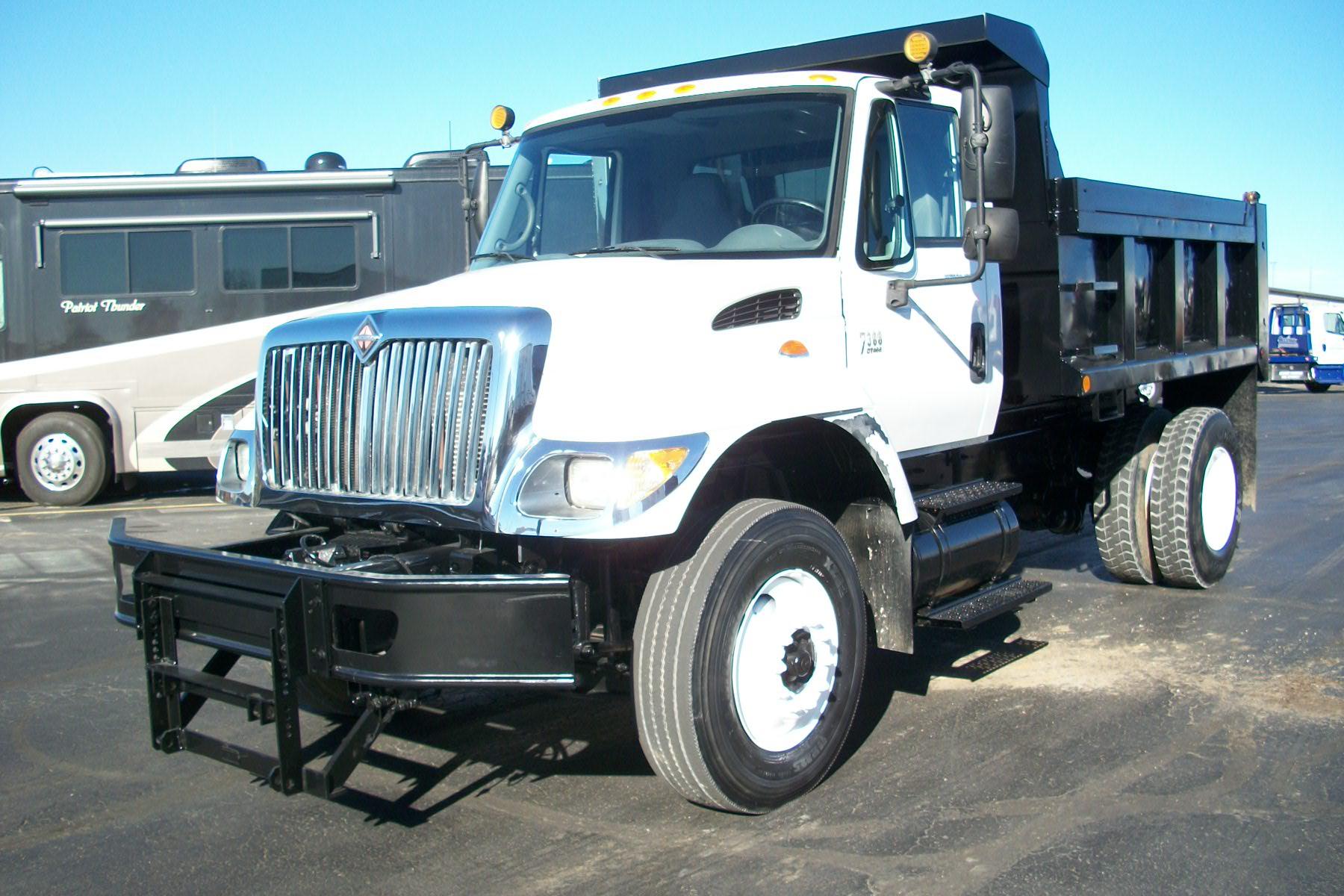 2005 International 7300