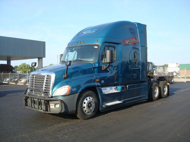 2016 Freightliner CASCADIA EVO