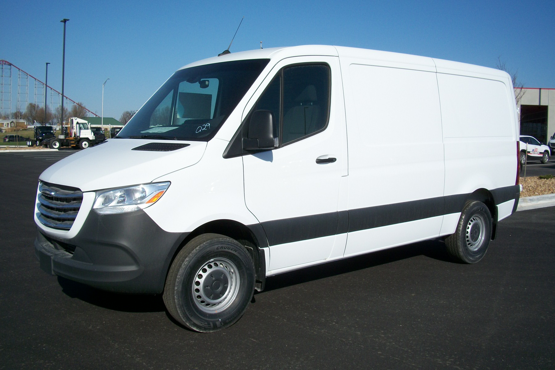 2020 Freightliner sprinter 144 low roof