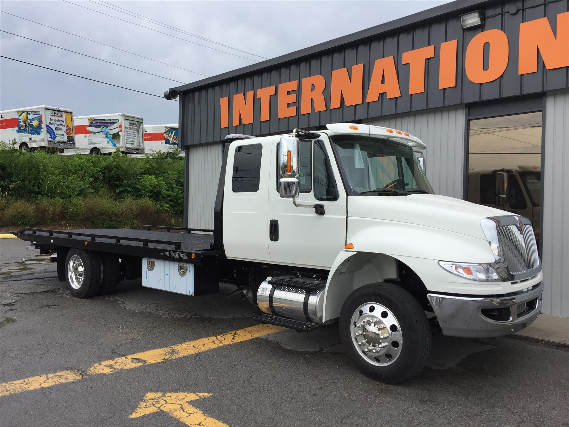2018 International 4300 SBA LP