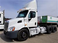 Used 2011 Freightliner Cascadia 113 for Sale