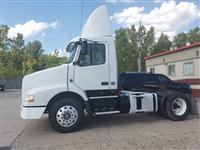 Used 2012 Volvo VNM42T for Sale