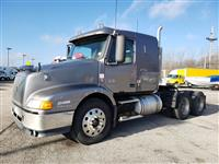 Used 2002 Volvo VNL420 for Sale
