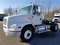 Used 1999 Freightliner FL112 for Sale