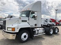 Used 2003 Mack CH613 for Sale
