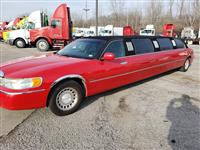 2001LincolnTown Car Limo