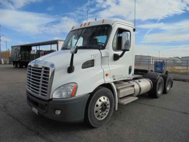 2010 Freightliner Cascadia 113