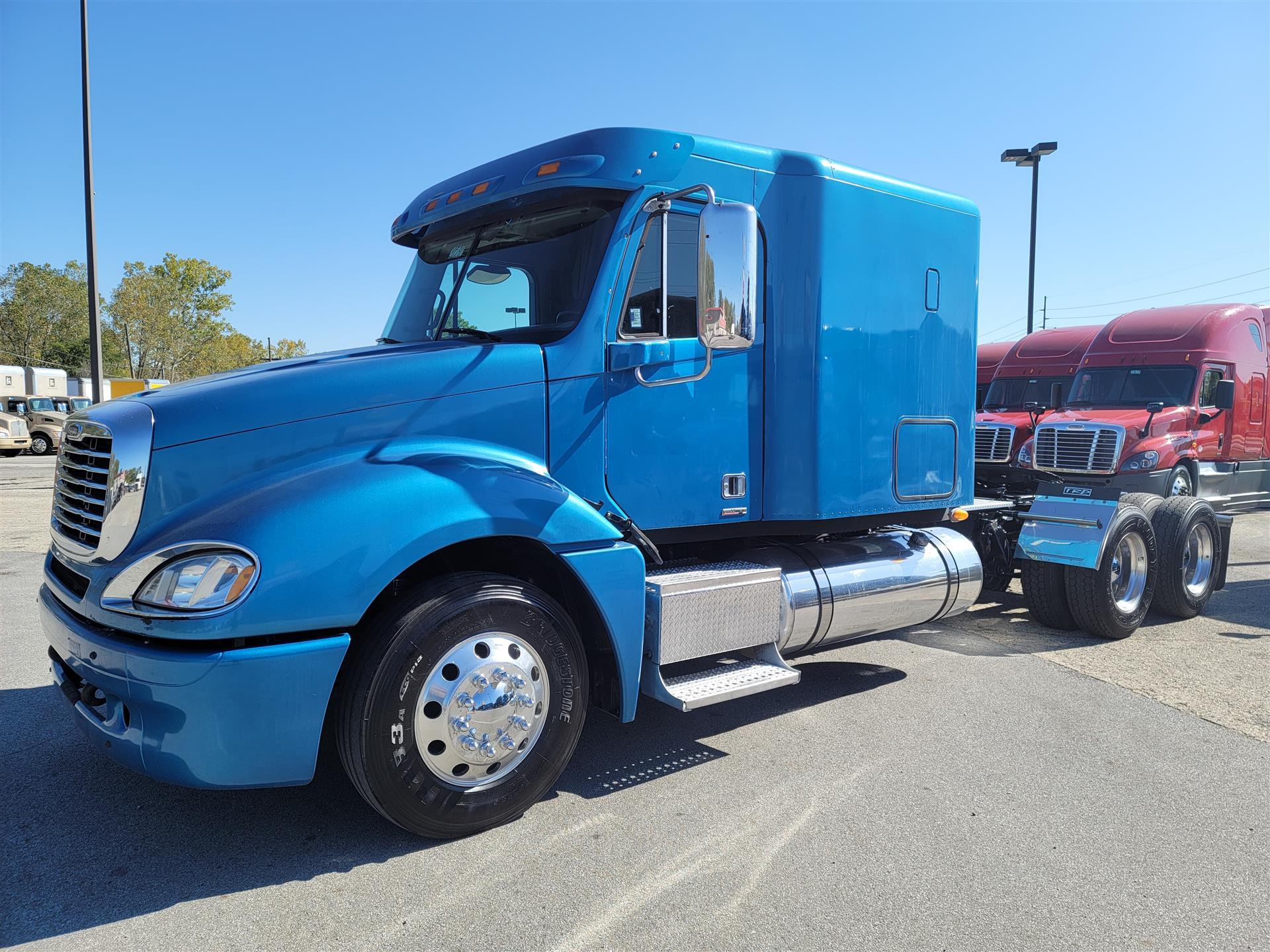 2011 Freightliner Columbia